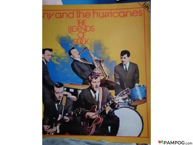 JONNY AND THE HURRICANES  THE LEGENDS OF ROCK - 1/1